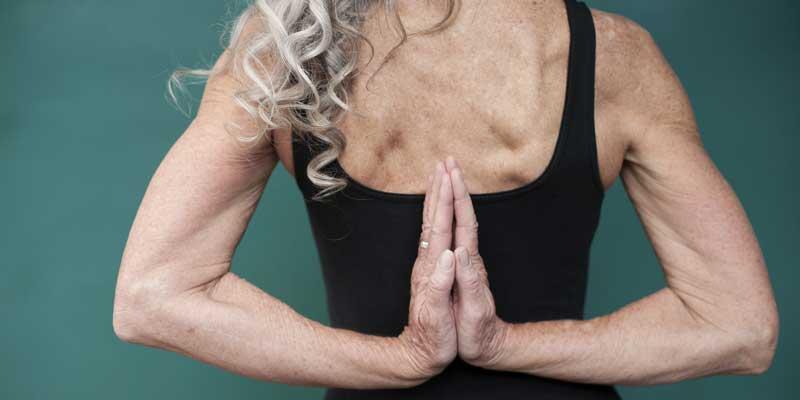Hvornår er man for gammel til yoga?